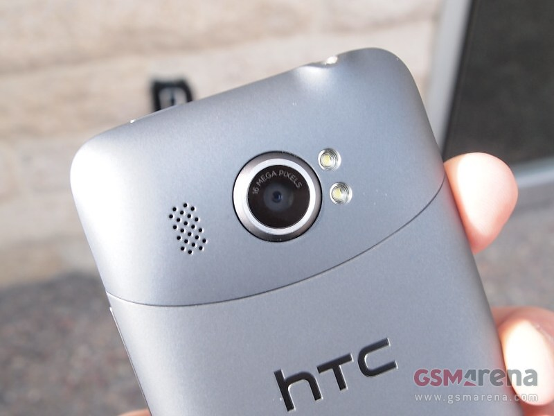 htc-titan-2-16-megapixel-camera