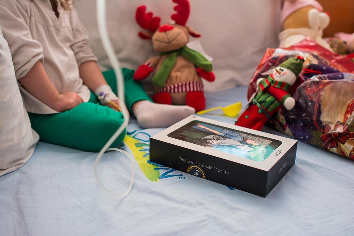 Utok aduce magia sarbatorilor de Craciun la copiii bolnavi