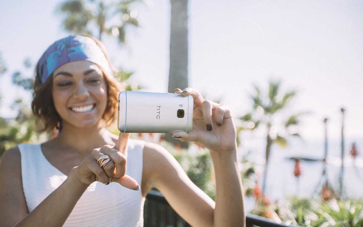 spatele lui HTC One M9