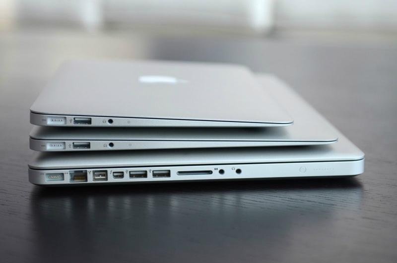 Poza cu Macbook Air 12 inch