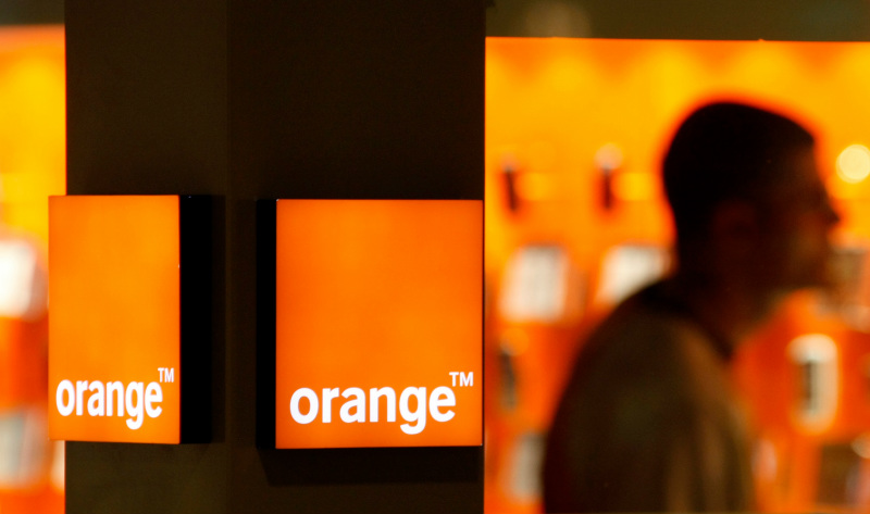 Orange Romania Oferta bonus 10 GB Sau Convorbiri nelimitate