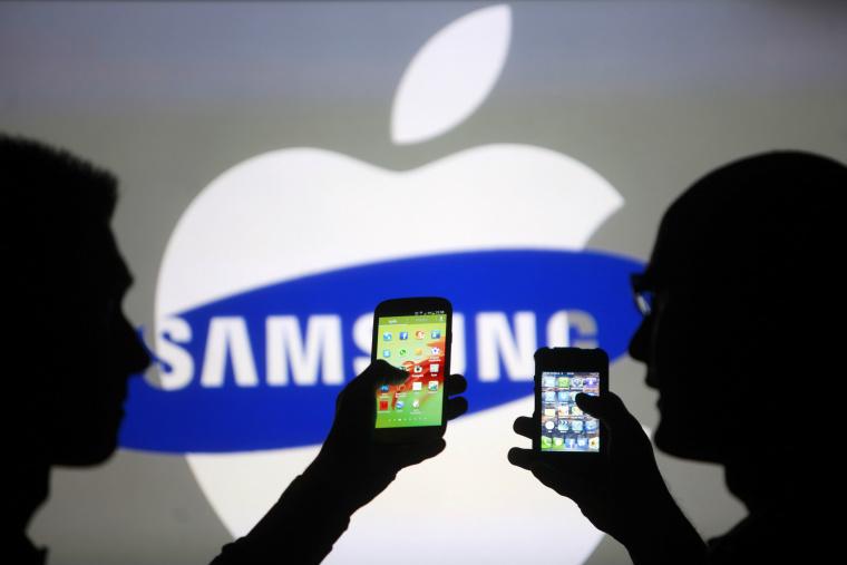 Samsung depaseste Apple la vanzarile de smartphone-uri