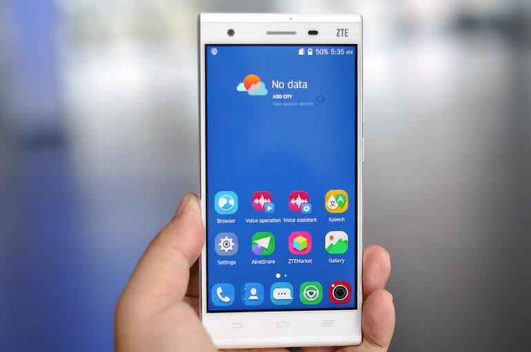 zte first smartphone 4k