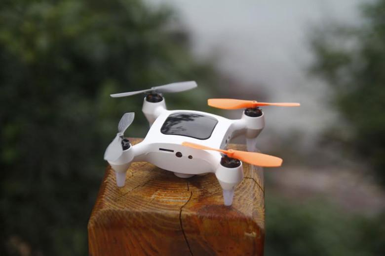 CES 2016 drona