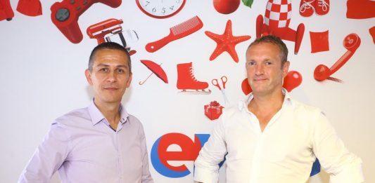 Iulian Stanciu, CEO eMAG. si Bob van Dijk, CEO Naspers.