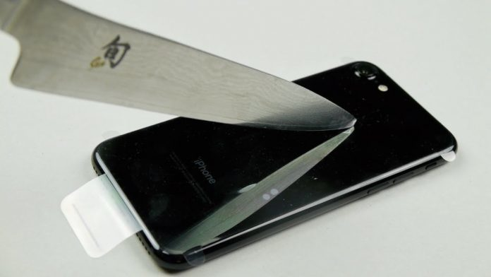 iphone-7 jetblack SCRATCH zgariere