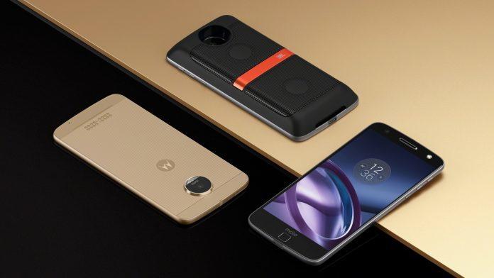 lenovo trece la brandul moto pentru telefoane sale mobile