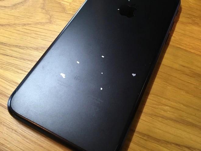 Decojire vopsea iPhone 7